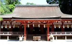 奈良県天理市の人気パワースポット 石上神宮