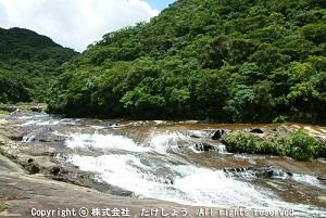 日本の滝百選!パワースポット マリユドゥ・カンピレーの滝